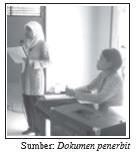 Seorang guru pembimbing terutama guru pelajaran ekonomi sangat bertanggung jawab atas pelaksanaan kegiatan perkoperasian di sekolah.