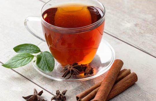 Tips Turunkan Berat Badan dengan Minum Teh Rebusan Kayu Manis