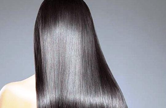 4 Cara Meluruskan Rambut dengan Mudah dan Alami tanpa Catokan